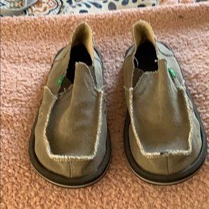 Men's sanok size 9 never worn